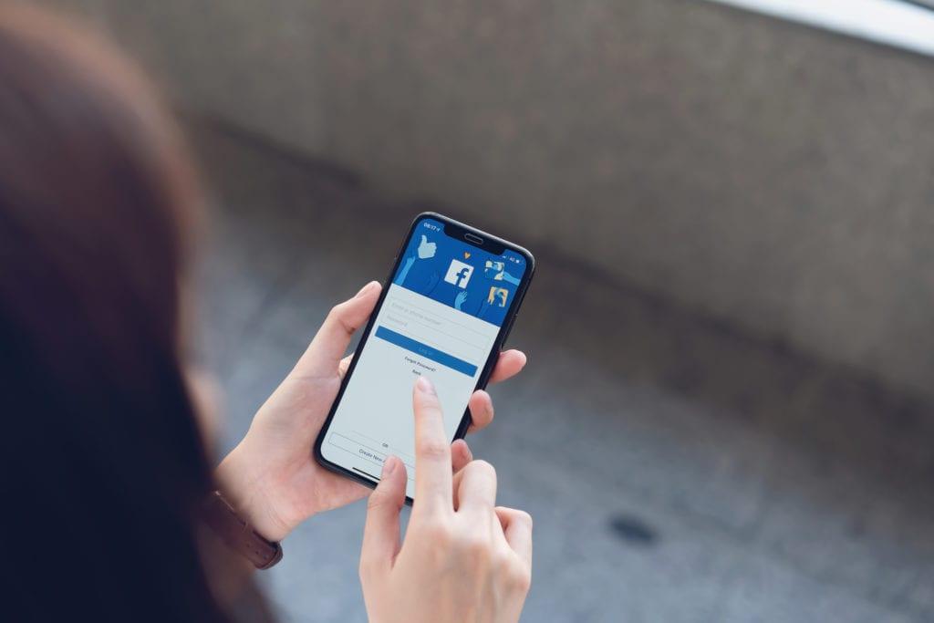 uma imagem sobre gestão de redes sociais